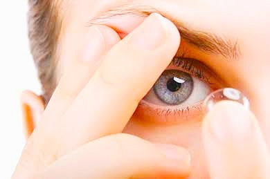 Tips for Successful Wear of Soft Contact Lenses